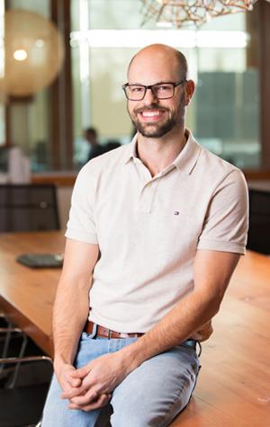 Daniel  Taylor